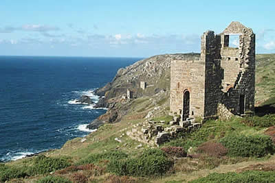 The area around Botallack is littered with derelict mine buildings