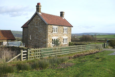 An un-named cottage remotely situated on Glaisdale Moor