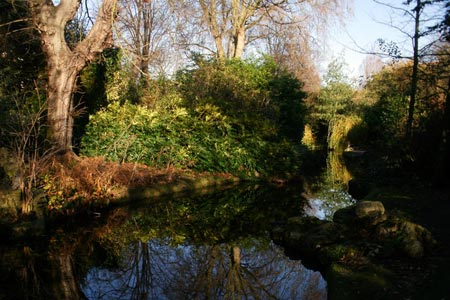 Photo from the walk - New River from Highbury & Islington