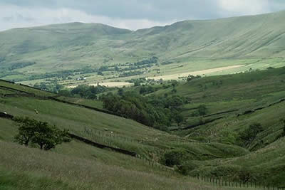 Edale with Rushup Edge, Mam Tor &  Castleton Ridge
