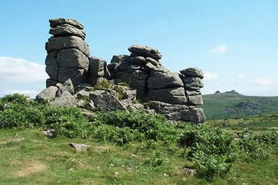 Some of the summit rocks of Hound Tor