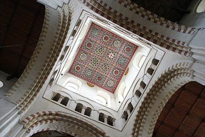 Looking up to superb cieling in tower of St Albans Abbey