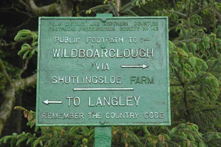 One of many cast iron footpath signs in the Peak District