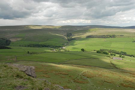 Looking towards the Cat & Fiddle from Shutlingsloe