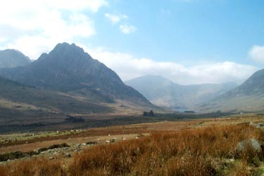 Photo from the walk - Pen yr Helgi Du from the Ogwen Valley